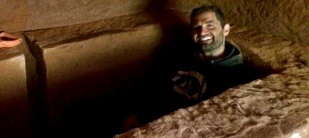 Bezahlbarer Wohnraum: Ein Bauer grub eine Höhle und blieb darin wohnen