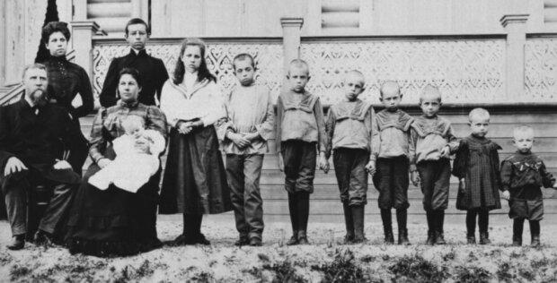 69 eigene Kinder in 76 Jahren: die Geschichte der fruchtbarsten Frau der Welt