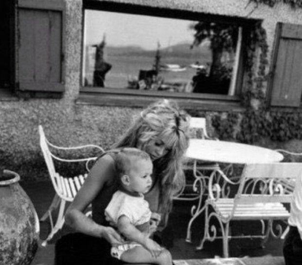 Wie sieht der 60-jährige Sohn von Brigitte Bardot heute aus, den sie damals aufgegeben hat