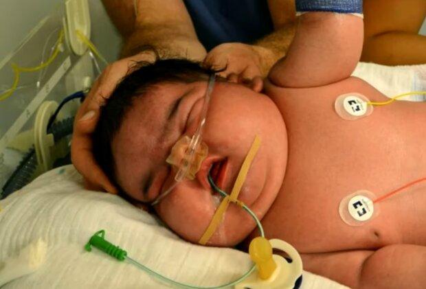 Eines der größten Babys der Welt. Quelle: Screenshot Youtube