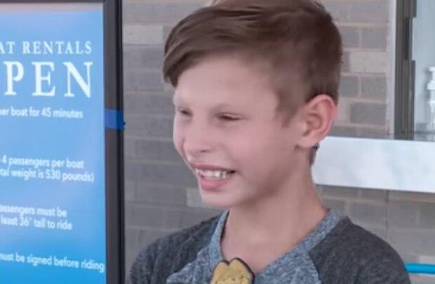 Mehr als 5.000 Familien wollen einen 9-jährigen Jungen adoptieren: Was die Menschen an dem Kind fasziniert
