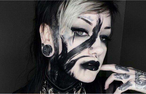 Tattookünstlerin Jordan. Quelle: Screenshot Youtube