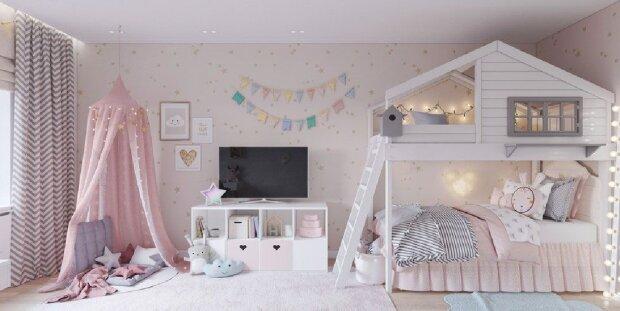 Die Mutter hat ein kleines Schlafzimmer für ihre drei Töchter umgestaltet und nun hat jede ein Bett, einen Tisch und einen Fernseher