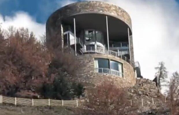 Ein Turmhaus. Quelle: Screenshot YouTube